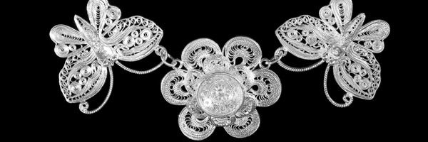 a beautiful, filigree necklace
