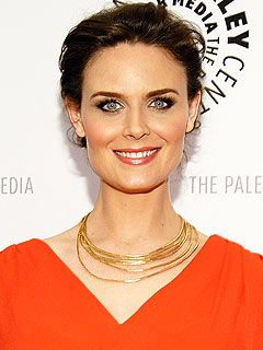 Emily Deschanel's Vegan PregnancyDiet p.s. This is information for OTHER people... not me.  ever.