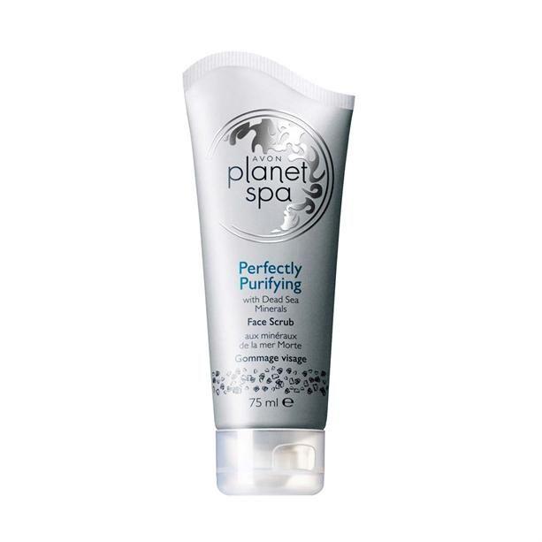 Az AVON Perfectly Purifying arcradír mélyen tisztítja és leradírozza a bőrt, friss és sima érzést hagyva maga után.