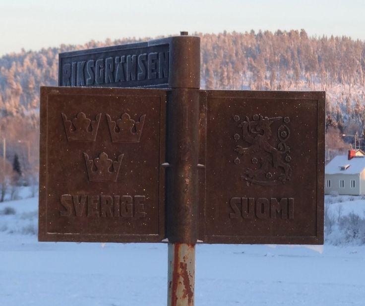 Suomen ja Ruotsin valtakunnan raja Pellossa keskellä kaunista Tornionjokea