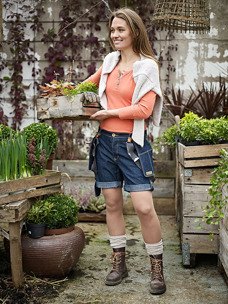 "Flora Worker Shorts www.floramanufaktur.se  ""Workwear for the modern woman"""