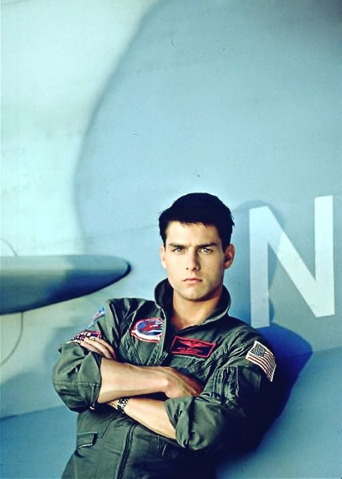 1986. Young Tom Cruise. This is why I have seen this movie about 300 times (no exaggeration). Damn he's hot.