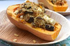 5 or less: Vegetarische gevulde pompoen met couscous, aubergine en feta. #vega #diner #recept