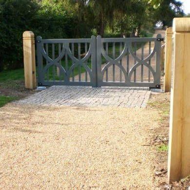 Oak Driveway Gates - Lyonshall