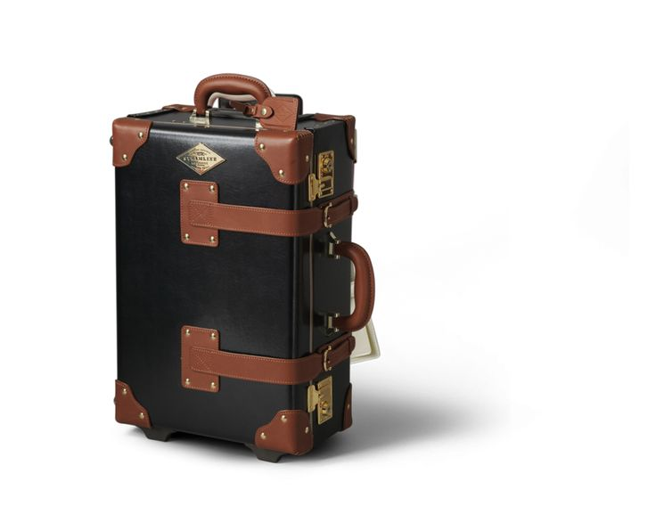 The Diplomat Carryon in Black | Cabin Luggage | Steamline Luggage