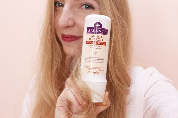Recenze masky Aussie 3 Minute Miracle Reconstructor | Alza.cz