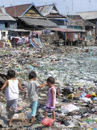 Rubbish dumps in Makassar, South Sulawesi