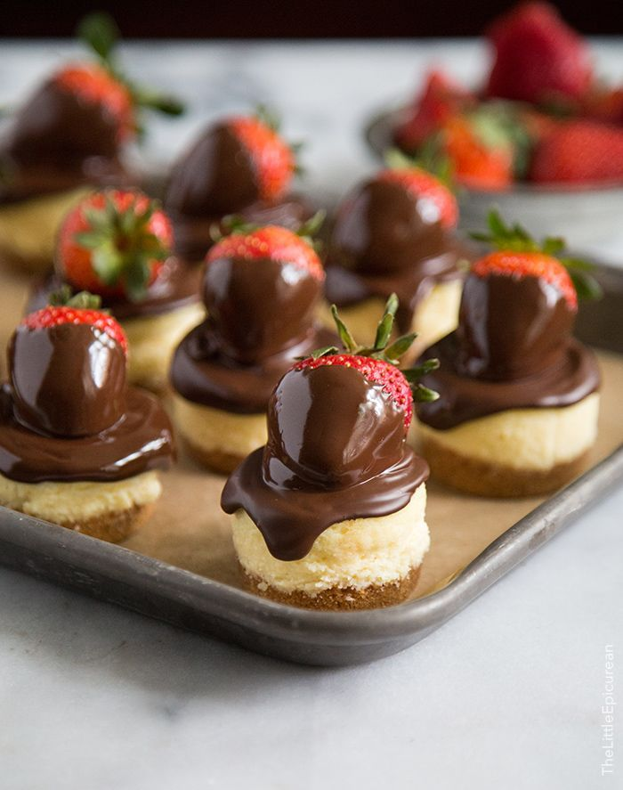 Chocolate Dipped Strawberry Mini Cheesecake