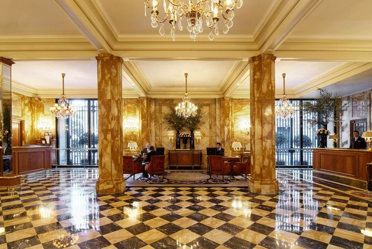 Hotel de crillon luxury lobby world the world and for Design hotel 1690