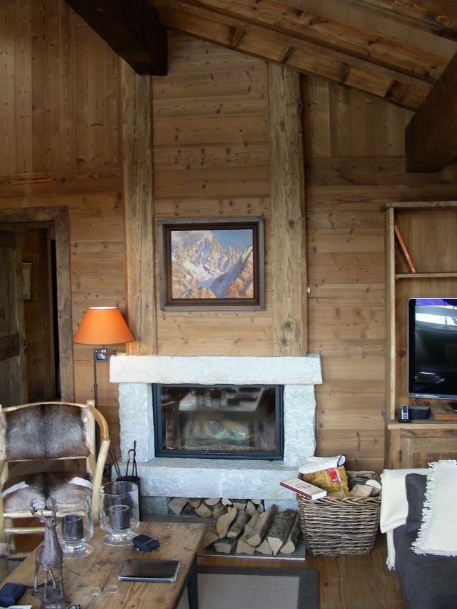 fireplace chalet chemin e chalet pierre massive et vieux bois foyer ferm ruegg jade. Black Bedroom Furniture Sets. Home Design Ideas