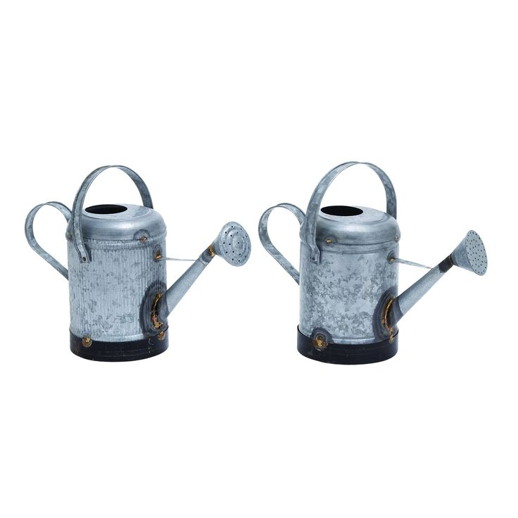 Woodland Imports 38162 Assorted Metal Galvn Water Can with Rust Design - Set of 2
