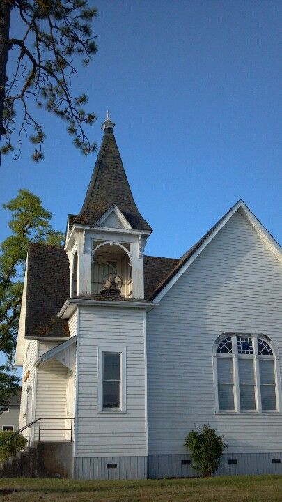 12 best images about old oregon churches on pinterest church sweet home and the o 39 jays - Homes in old churches ...
