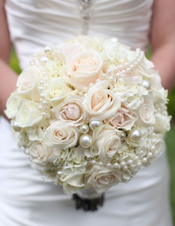 2016 Vintage Ivory roses Wedding Bouquet with pearls