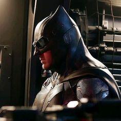 Menacing by just a photo ㅤㅤㅤㅤㅤㅤㅤㅤㅤㅤ #JusticeLeague #BatmanvSuperman #BatmanVSupermanDawnOfJustice #Superman #Batman #WonderWoman #Aquaman #TheFlash #Cyborg #Steppenwolf #Darkseid #JimGordon #Mera #AlfredPennyworth #LexLuthor #NuidisVulko #HenryCavill #BenAffleck #GalGadot #JasonMomoa #EzraMiller #RayFisher #JKSimmons #AmberHeard #JeremyIrons #JesseEisenberg #WillemDafoe #WarnerBros #DCEU