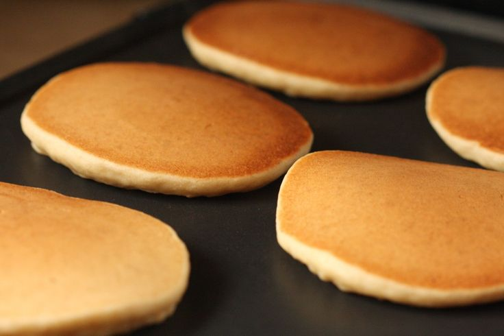 Gluten Free Vegan Fluffy Pancakes! (nut free, sugar free, xanthan free, soy free)