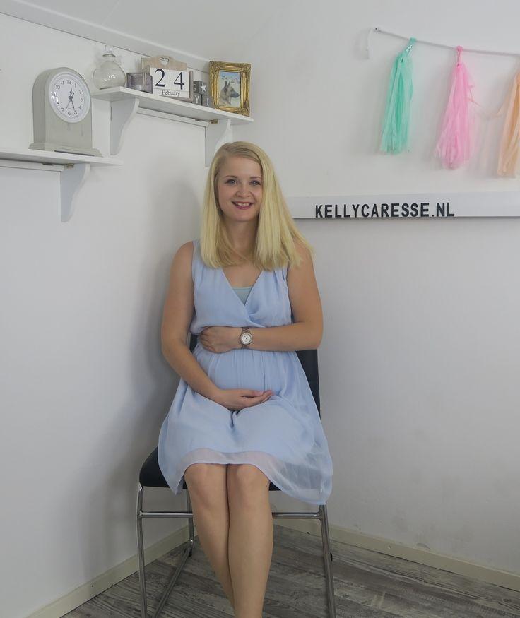 Het is 6.00, je doet een zwangerschapstest en die blijkt positief te zijn, die twee streepjes zijn immers heel duidelijk. Iets wat je van binnen al wel dacht te voelen maar je weet ook dat je lichaam je helemaal gek ...