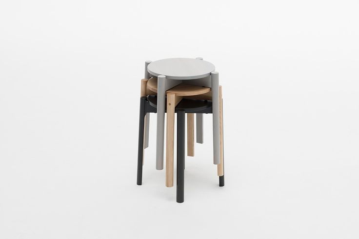 Houten kruk van Karimoku New Standard. Dit is de Castor kruk #design #hout #houten #kruk #krukje #interieur #interior #inspiratie