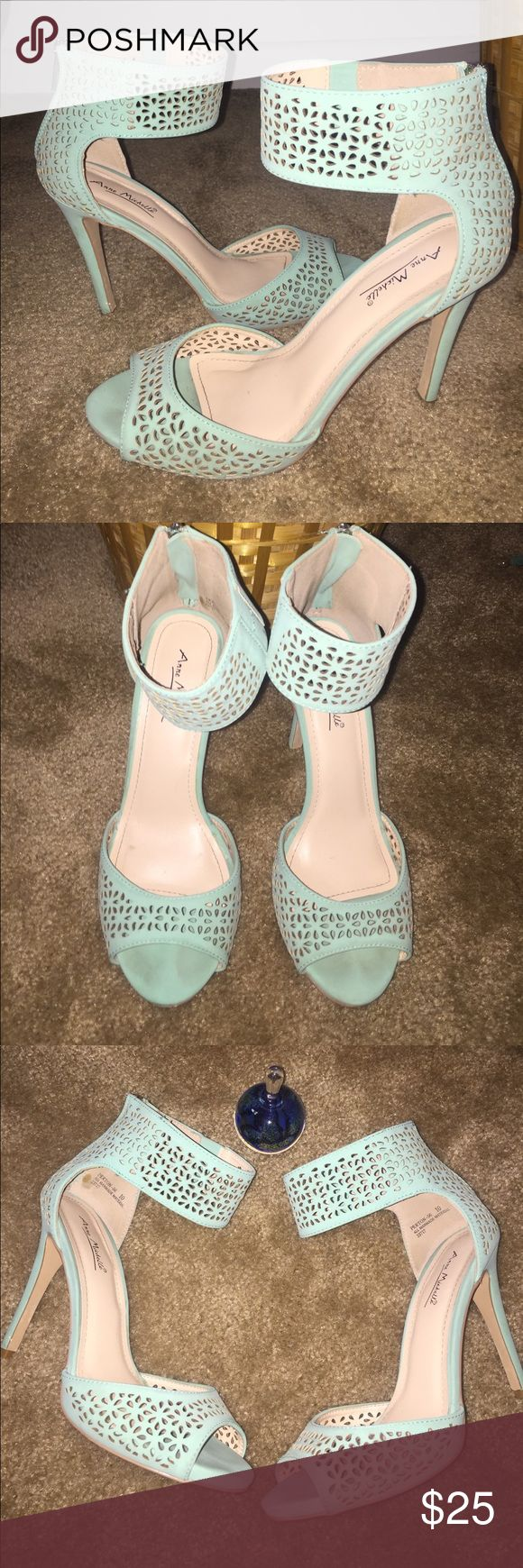 Almost new heels size 10 mint green Almost new used once mint green heels great for the summer outfit, size 10 Shoes Heels
