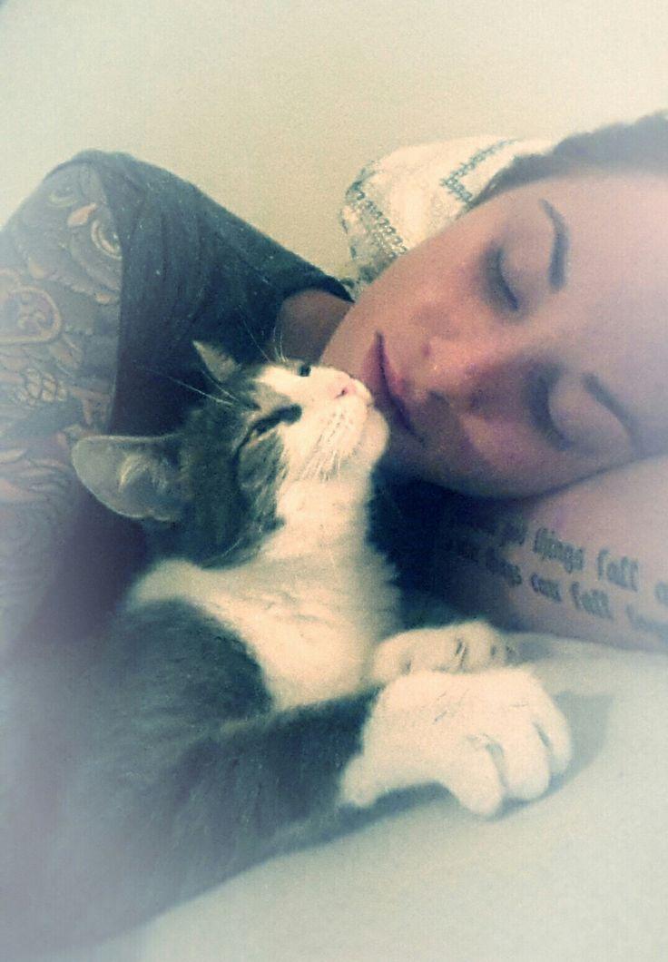 #Cat #Love<3
