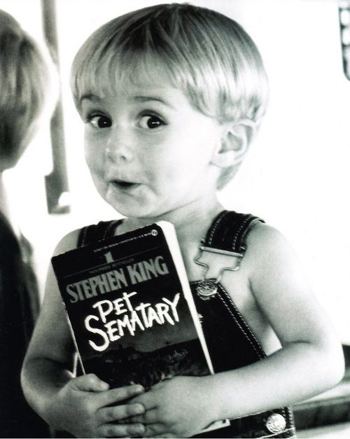 """Pet Sematary. Stephen King // Gage, still the creepiest kid on the planet. """"Daddy but I want to play with youuuuu."""""""