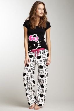 $12 Hello Kitty Sleepwear is 50-75% off   www.hautelook.com/short/3BwjC