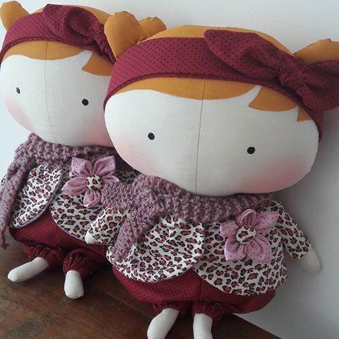 Mais charme ❤ #tildatoy #tildinha #tildadoll #abraceumasorella #doe #solidariedade #oncinha #animalprint #marsala #lindadeviver #encanto #amorzinho #roteirobaby #artesanal #bonecadepano #babygirl #maedemenina #espalheamor