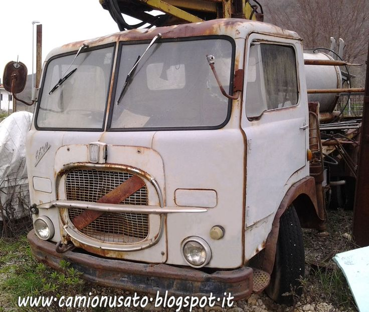 17 best autocarri d 39 epoca images on pinterest antique for Camion hospitality usati