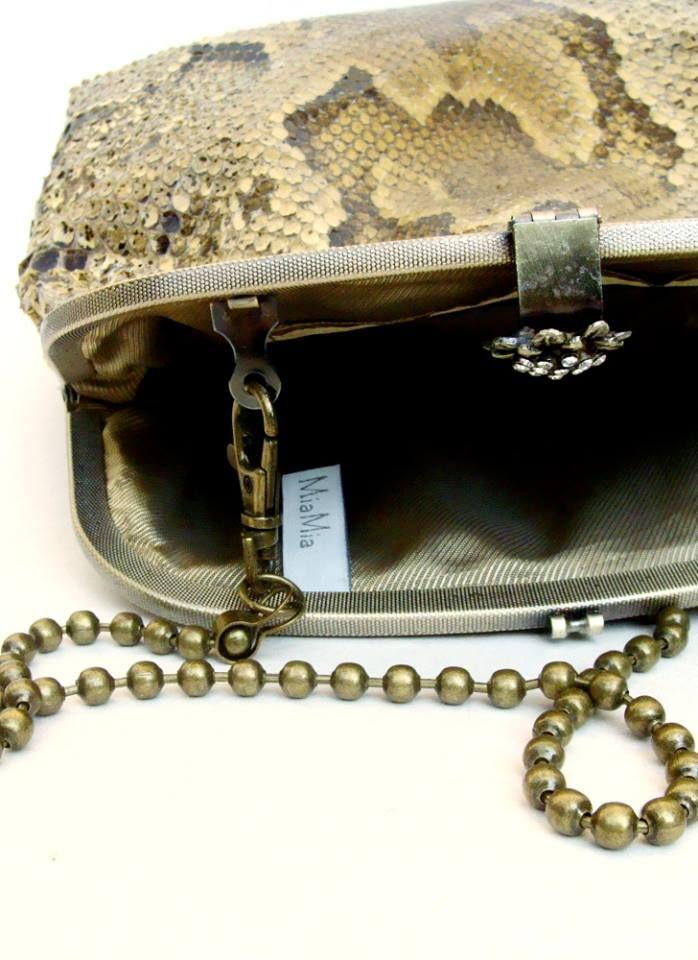 Mia Mia snake skin hanbag
