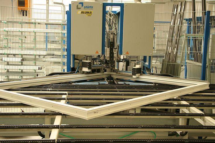 Výroba plastových okien bola pre mňa vždy ako jedno veľké tajomstvo. Konečne si to viem aspoň trochu predstaviť. http://www.incon.sk/technologia