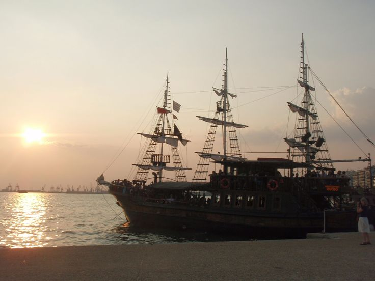 Boat trip at sunset #thessaloniki