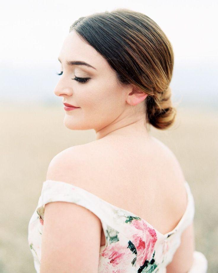 Rebecca Hollis Photography // natural bridal makeup by Skin Chic
