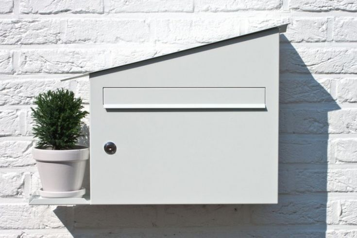 Mailbox by Marcial Ahsayane