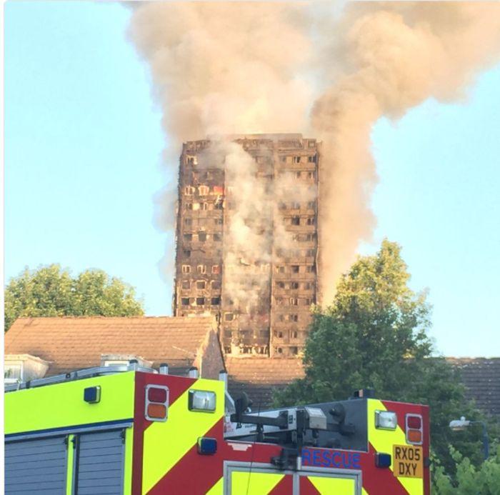 Τι απέμεινε από τον πύργο που φλέγεται στο Λονδίνο |thetoc.gr