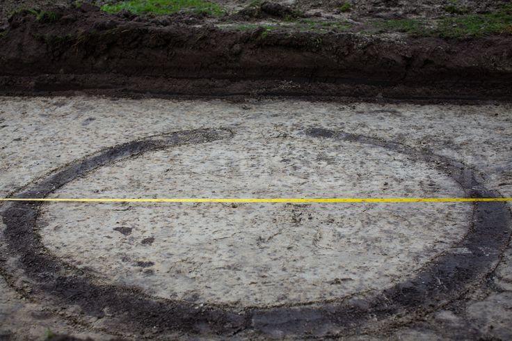 Abbekerk - Bij opgravingen aan het Nieuwe Veld in Abbekerk zijn sporen en vondsten uit de Middeleeuwen ontdekt. De archeologische resten zijn als behoudenswaardig aangemerkt. Het college wil nu als...