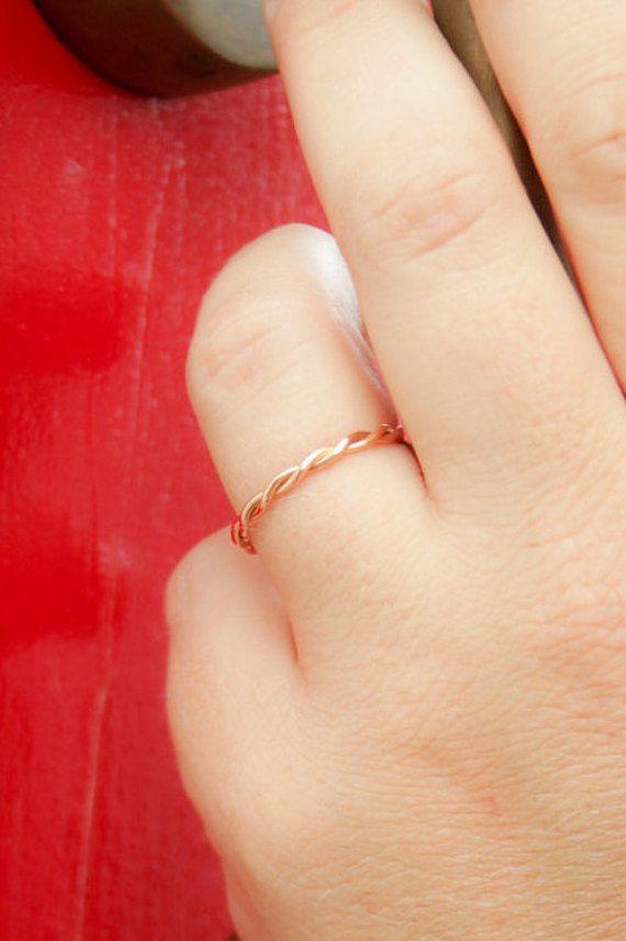Eheringe rotgold am finger  Die besten 25+ Ehering schmal Ideen auf Pinterest | Süße ...