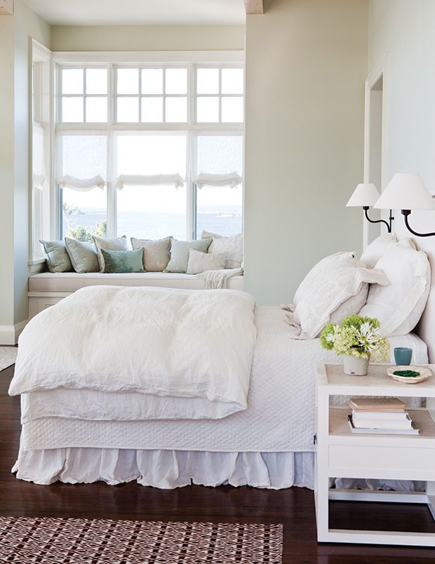 best white paint color for bedroom 1000 ideas about benjamin cloud white on 20358