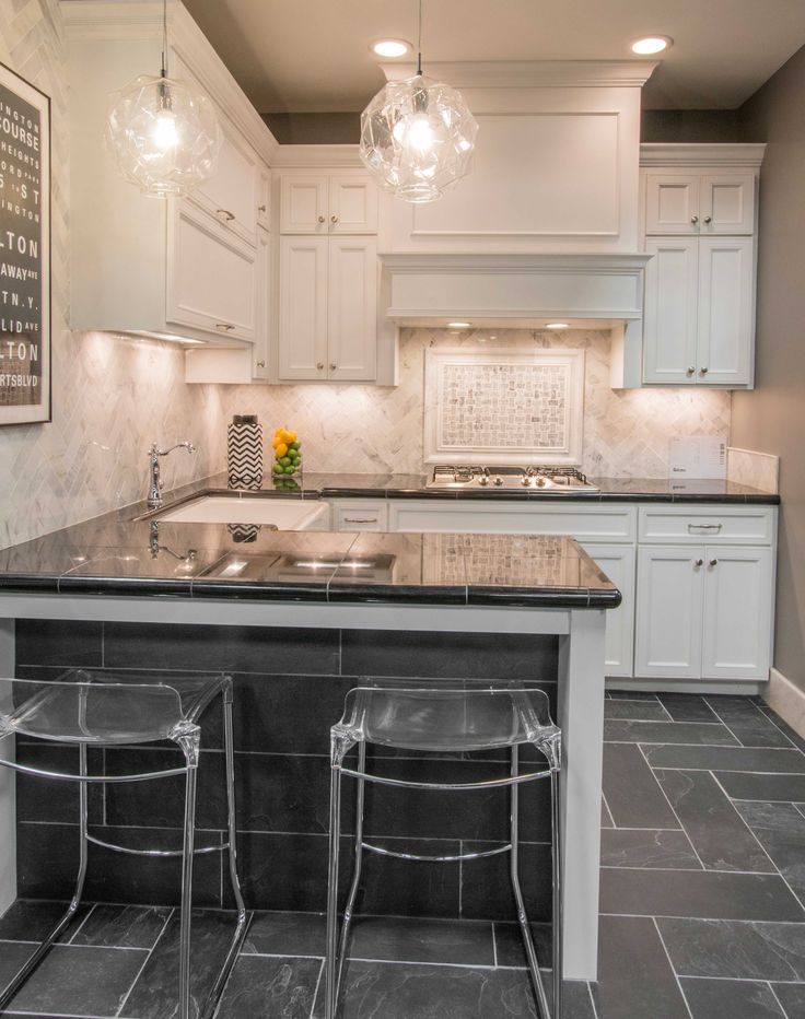Natural Stone Kitchen Floor Tile Adoni Black Slate Floor Tile Https Www