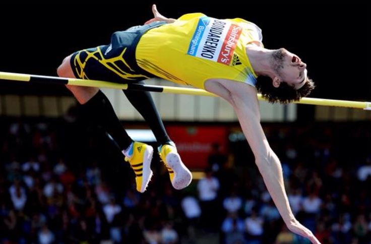 Bohdan Bondarenko (UKR, 1989) 2.42 en 2014 (tercera mejor marca de todos los tiempos igualando al sueco Patrick Sjoberg y compartiendo el Record Europa). Campeón mundial en Moscú '13 con 2.41. Bronce en los JJOO Rio'16