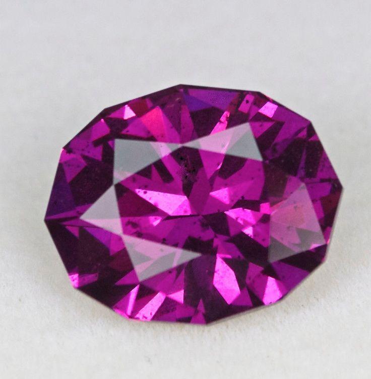 5261 - 4.52ct Rhodolite Garnet