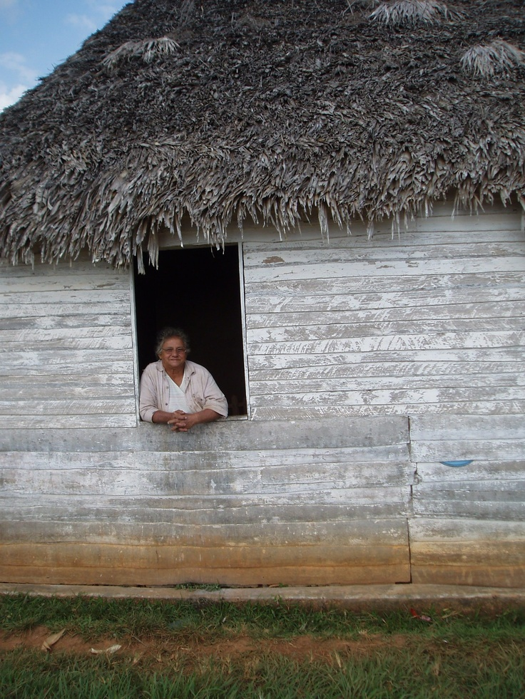 Old women in Cuba
