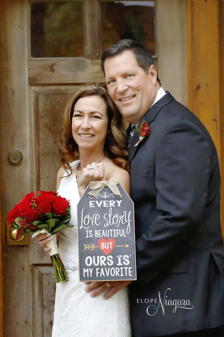 Every love story is beautiful! another happy couple eloped at the little log wedding chapel in Niagara