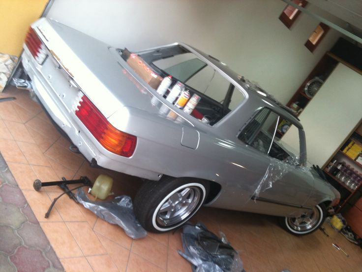 Mercedes W107 450SLC (1972) Restoration