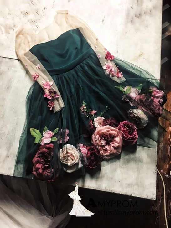 Chic A-line V neck Hand-Made Flower Homecoming Dresses