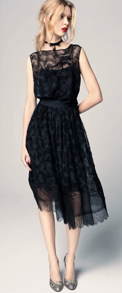 Nina Ricci Black Lace Dress: I'm not a fan of lace, but this is gorgeous.