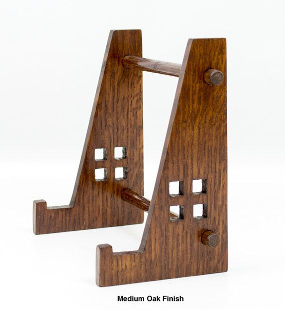 Arts and Crafts Display Easel for Tiles by vollmanwoodworking