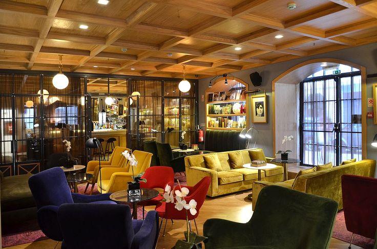 Lounge Bar in Lisbon