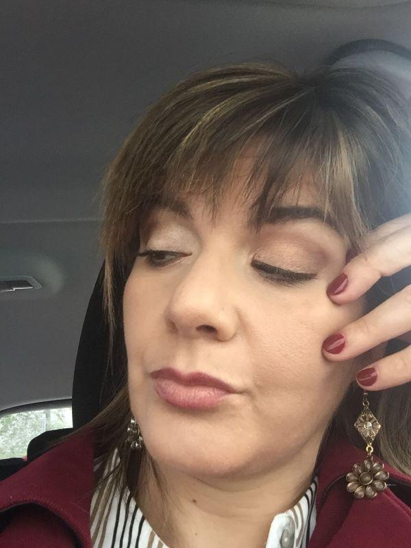 Sofia Ribeiro Make Up - Maquilhagem Mate com pontos de luz irisados o que confere um brilho muito bonito, lábios depois podem ser mais coloridos ou Nude consoante o gosto da Noiva!