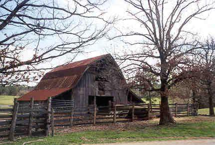 arkansas barns | Barn at Hog Jaw. Nov. 2006. Below is an older photo of the same barn ...