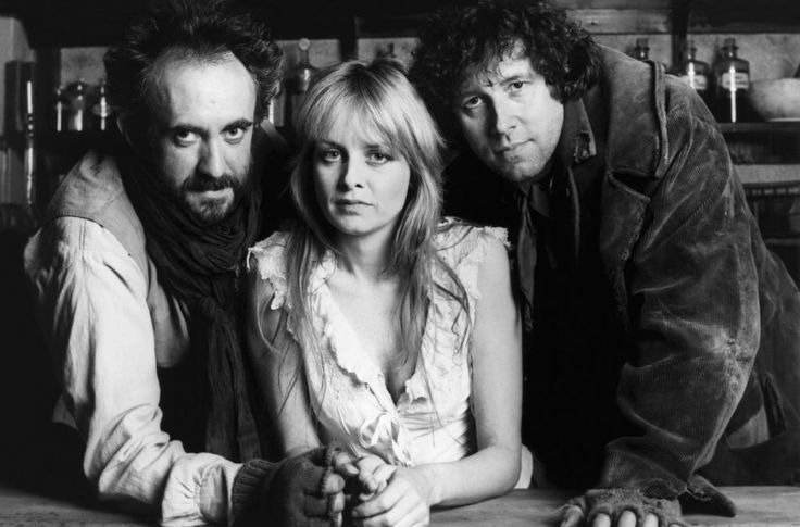 Jonathan Pryce, Stephen Rea, and Twiggy in The Doctor and the Devils (1985)