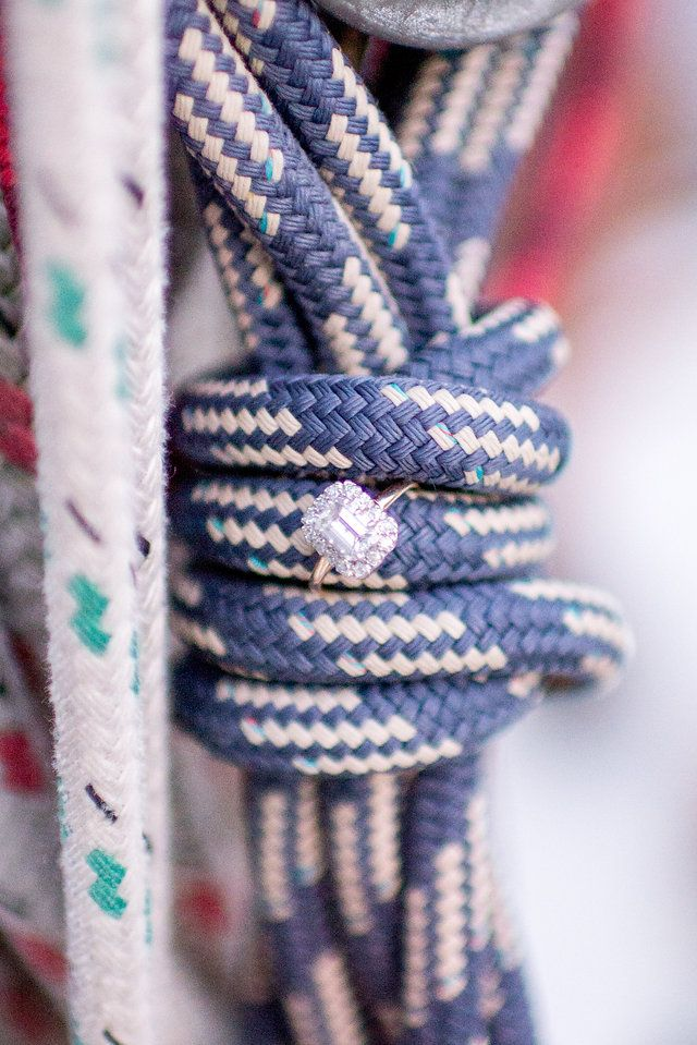 Sailboat engagement photos in Annapolis, MD with Hannah Leigh Photography!